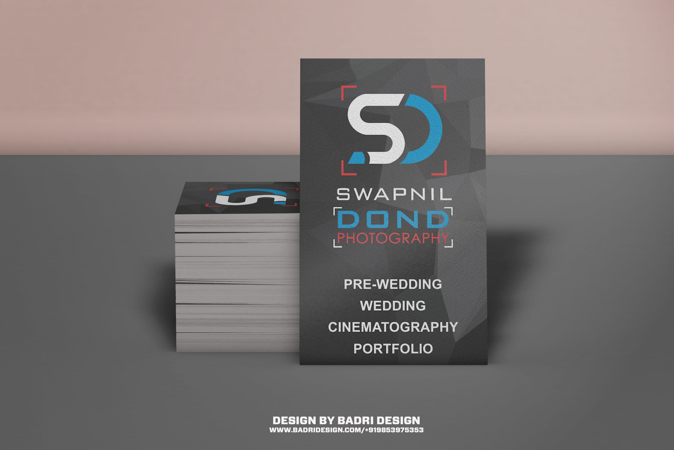 Vertical business card design for photographer by badri design